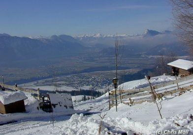 Wohnung: Aussicht im Winter bei Schnee und Sonnenschein